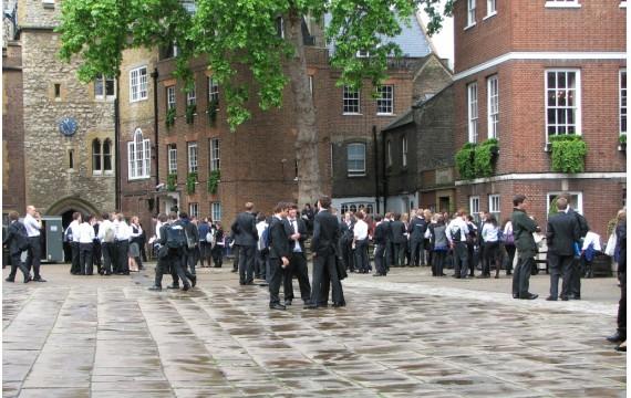 L'université anglaise bientôt dévastée ? Les paris sont ouverts